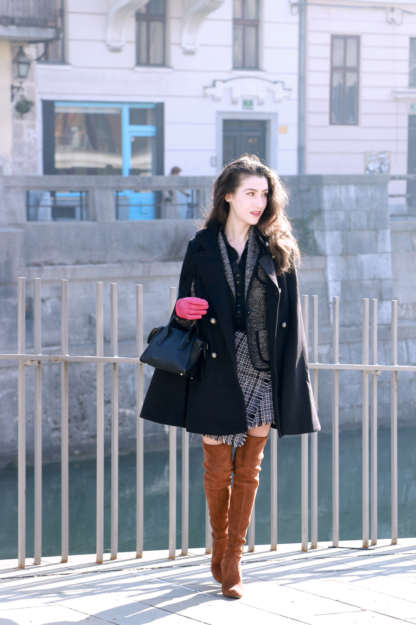 Fashion blogger Veronika Lipar of Brunette From Wall Street sharing her chic business casual outfit