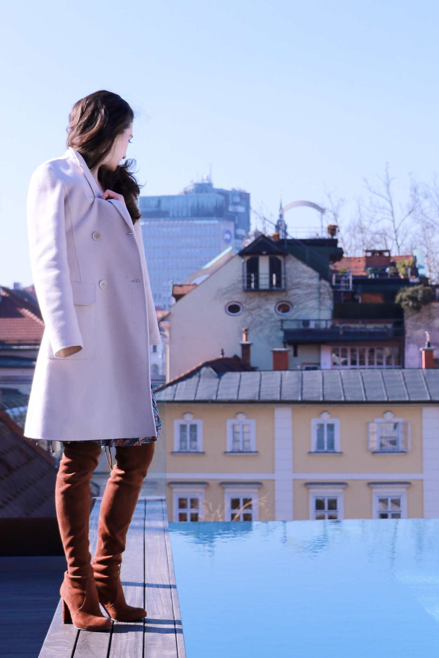 Fashion blogger Veronika Lipar of Brunette From Wall Street sharing her weekend chic bohemian style