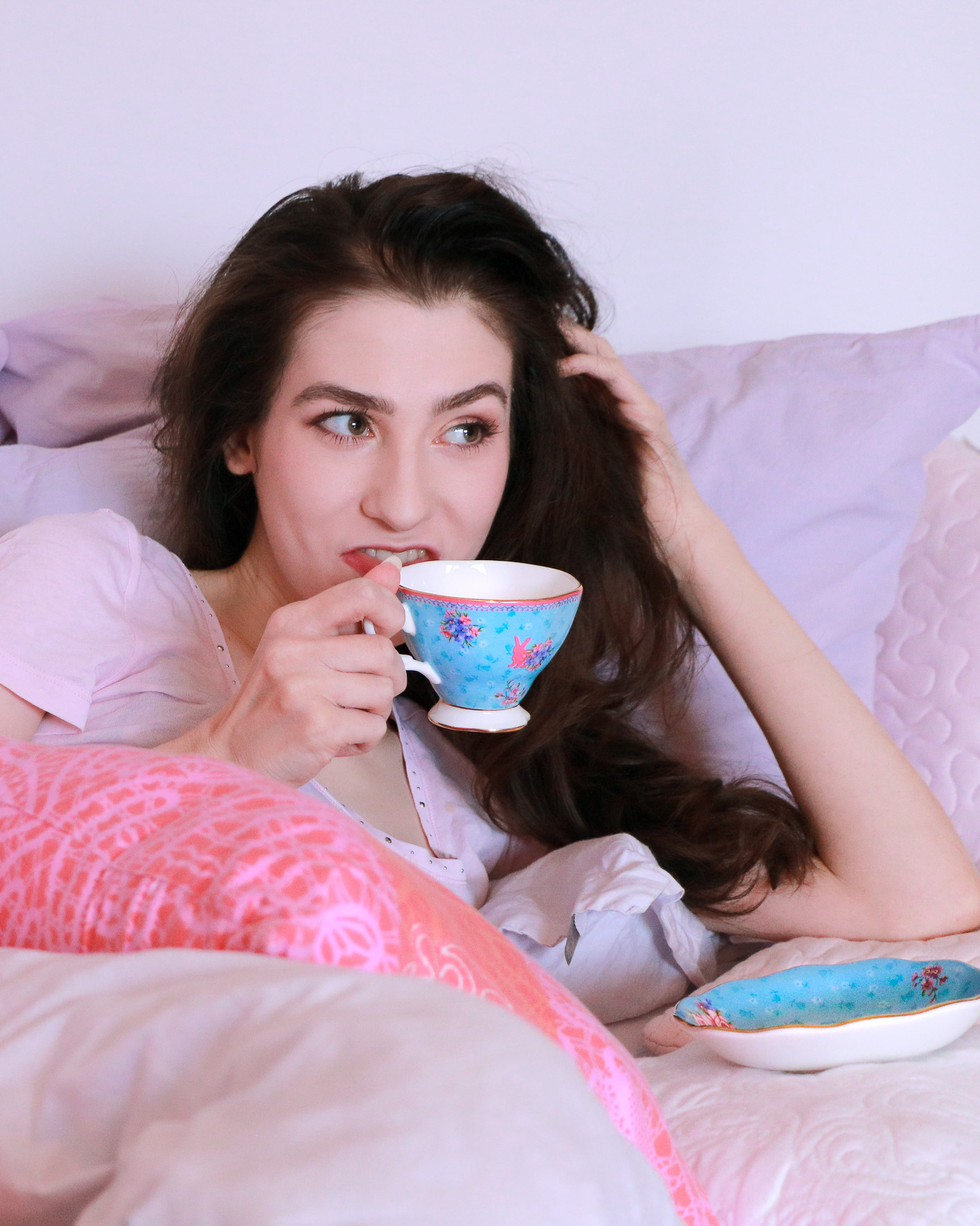 Fashion blogger Veronika Lipar of Brunette From Wall Street sharing her advice how to become a morning person