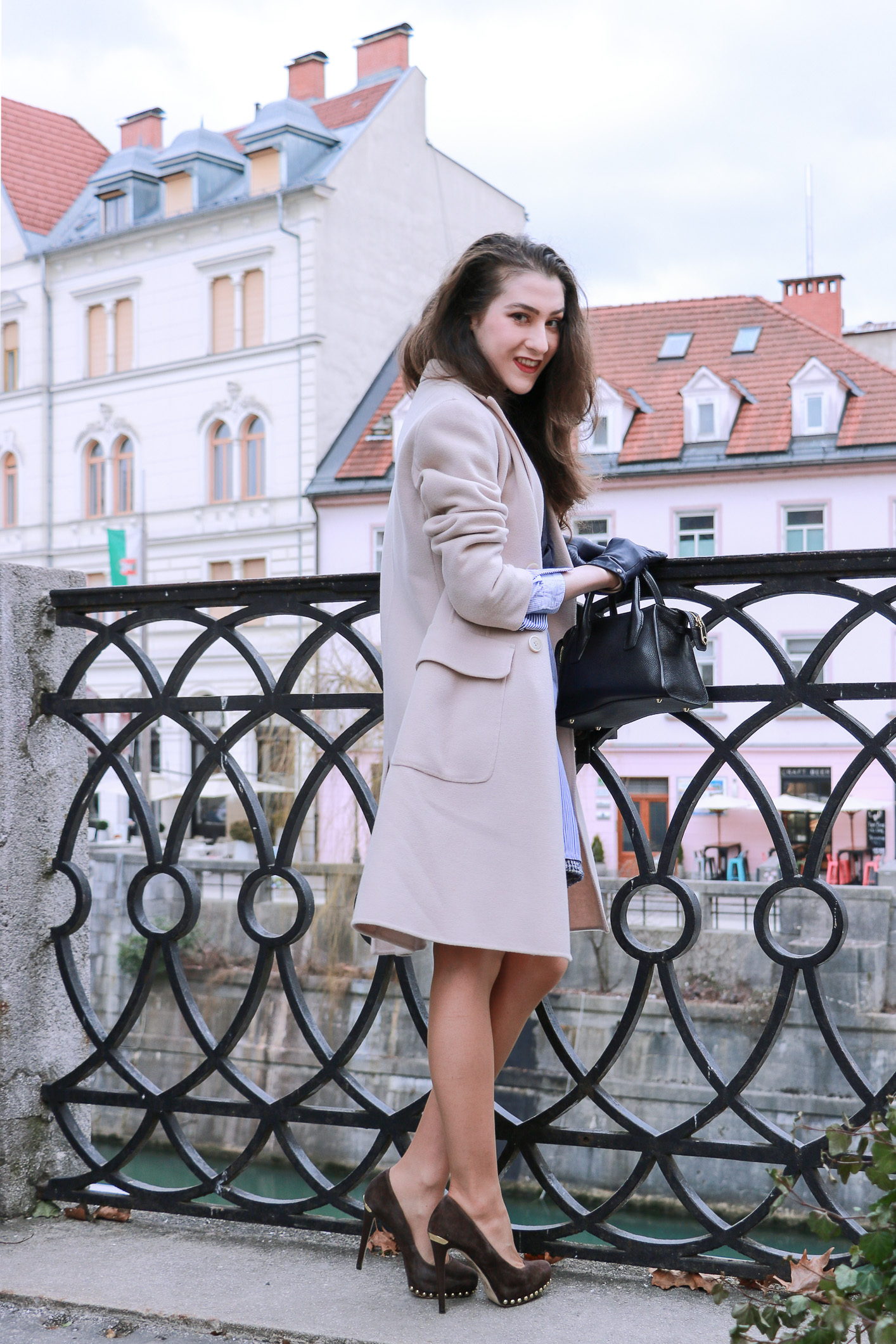 Fashion Blogger Veronika Lipar of Brunette from Wall Street sharing how to style your boyfriend's shirt and wear it as a shirt dress