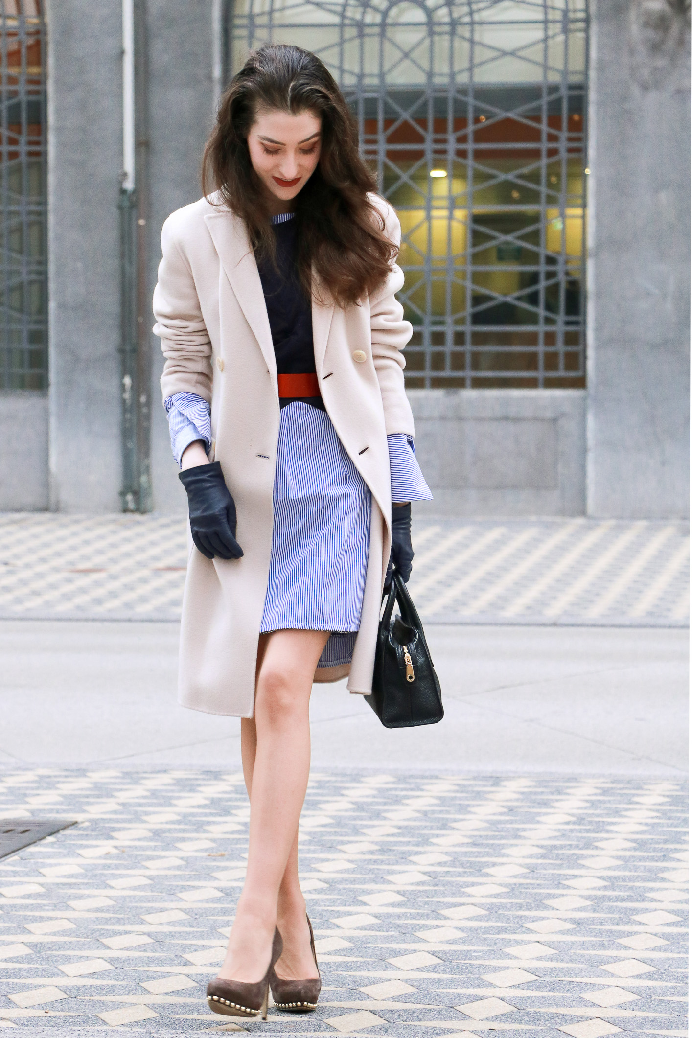 Fashion Blogger Veronika Lipar of Brunette from Wall Street sharing how to style your boyfriend's shirt