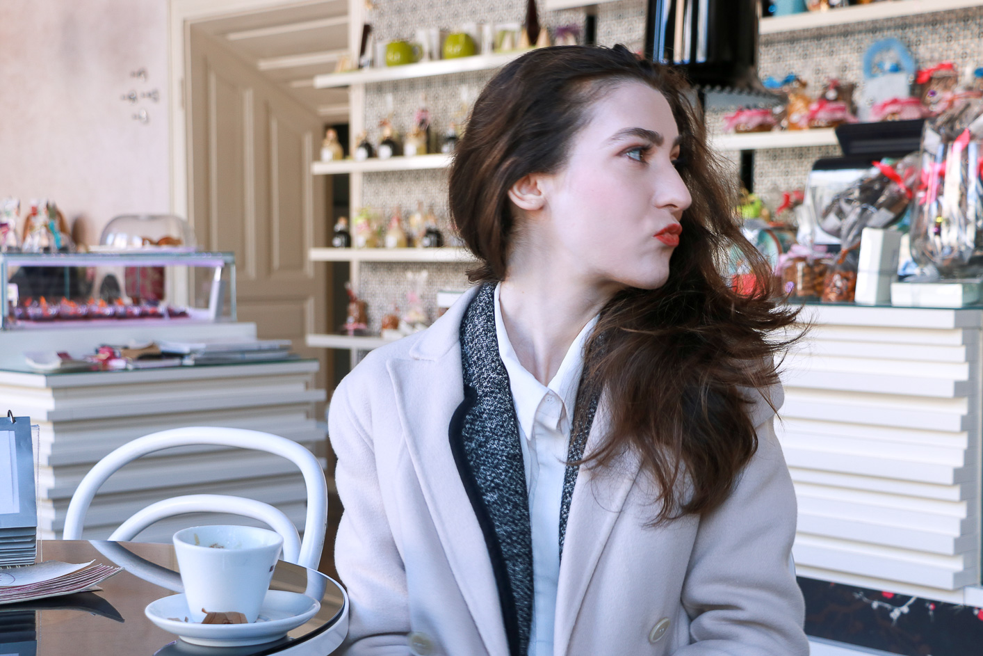 Fashion blogger Veronika Lipar of Brunette From Wall Street sharing best makeup for a romantic Date this Valentine's Day