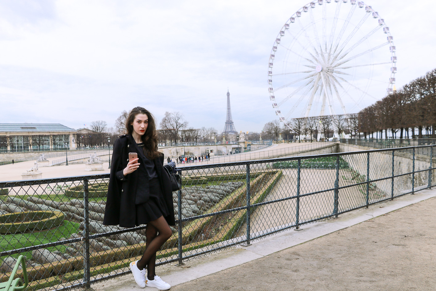 Fashion Blogger Veronika Lipar of Brunette from Wall Street sharing how to be Parisian