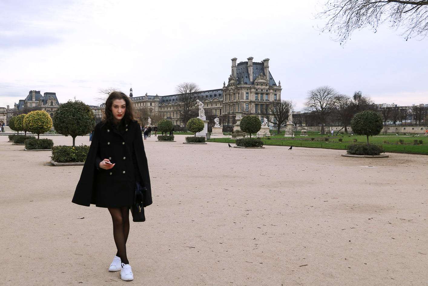 Fashion Blogger Veronika Lipar of Brunette from Wall Street sharing how to look like a French