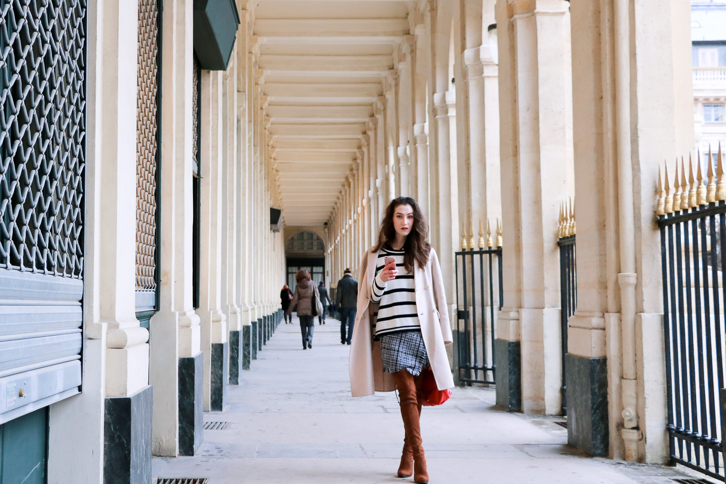 Fashion blogger Veronika Lipar of Brunette From Wall Street on how to wear horizontally striped sweater