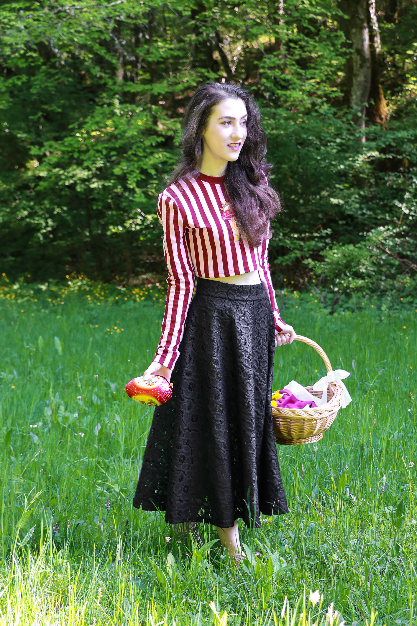 Fashion blogger Veronika Lipar of Brunette From Wall Street on what to wear for Easter brunch