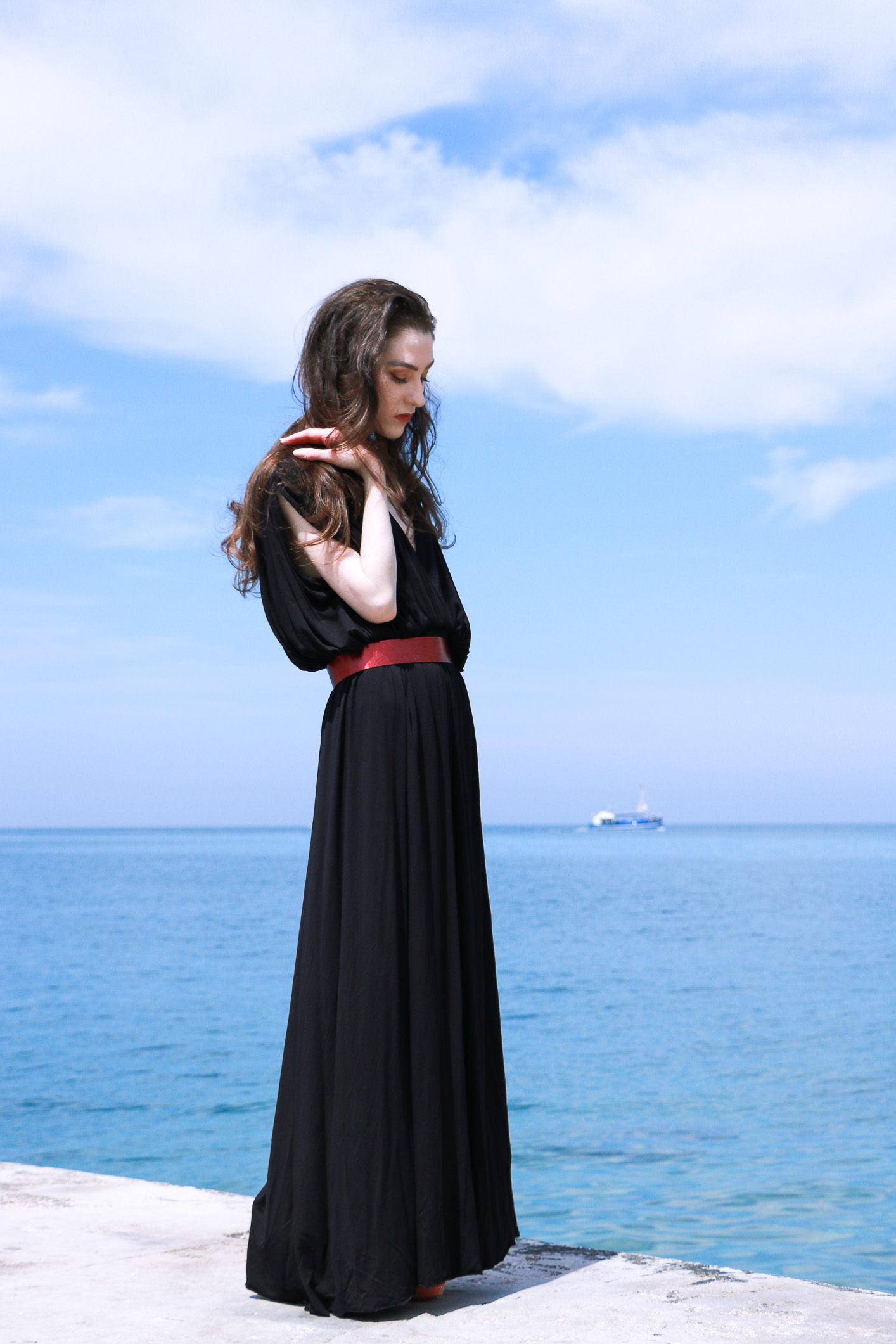 Fashion blogger Veronika Lipar of Brunette From Wall Street sharing the most beautiful prom dress to wear to gala events this season