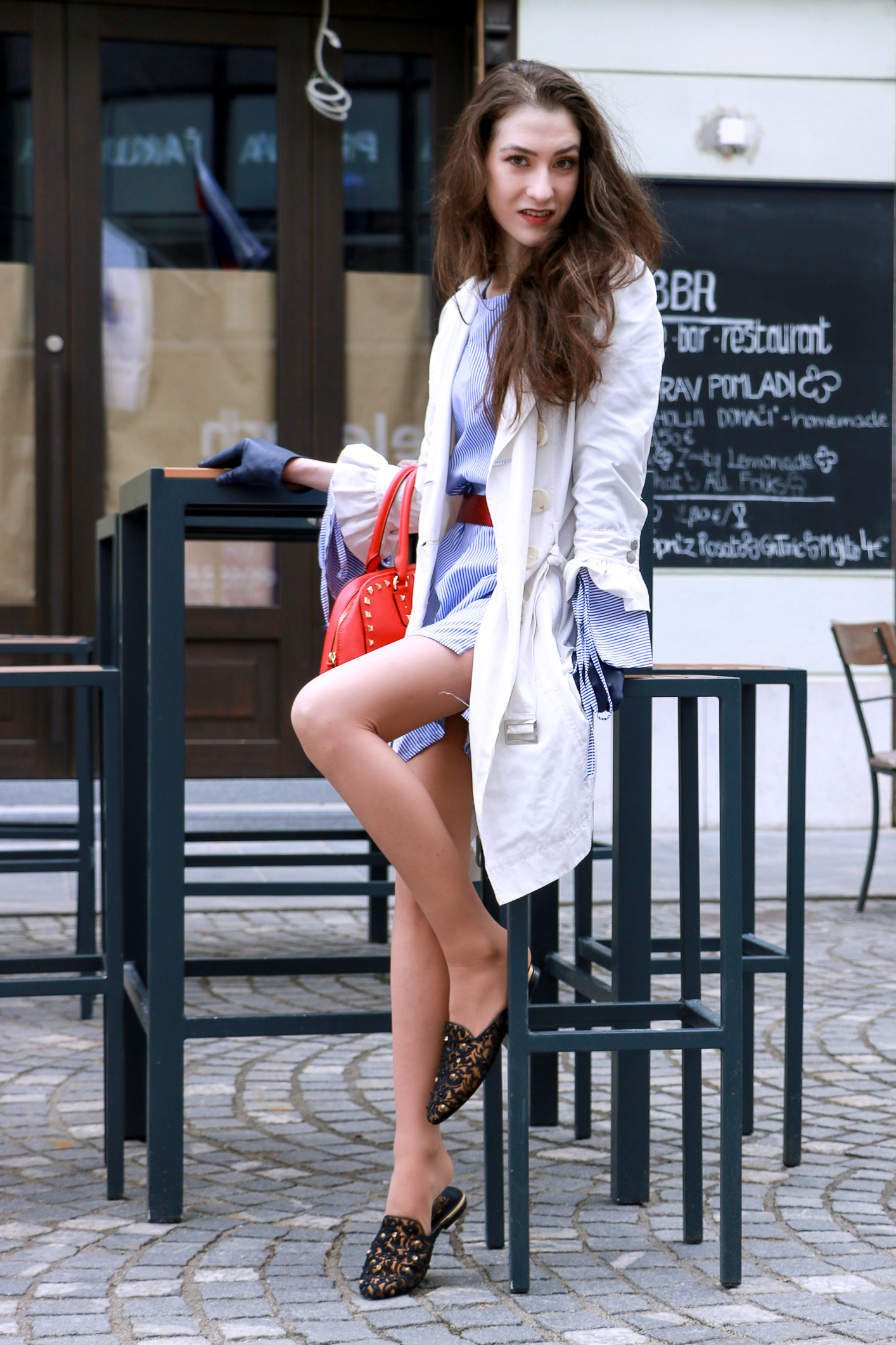 Fashion blogger Veronika Lipar of Brunette From Wall Street sharing how to look tall in flats