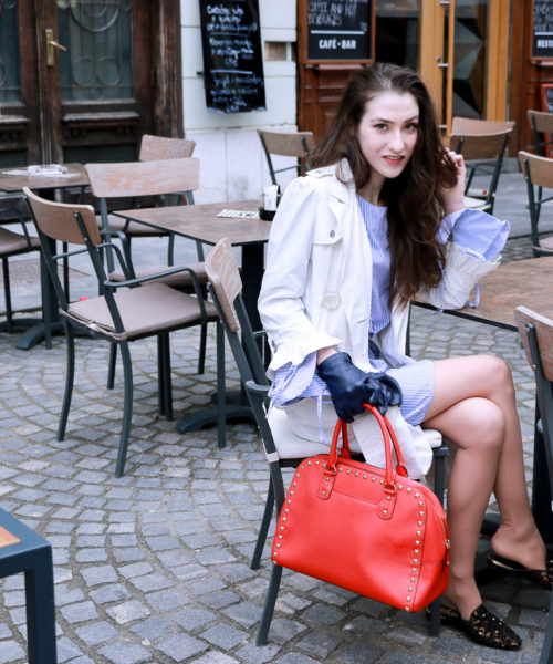 Fashion blogger Veronika Lipar of Brunette From Wall Street sharing what to wear to lunch with girlfriends this spring