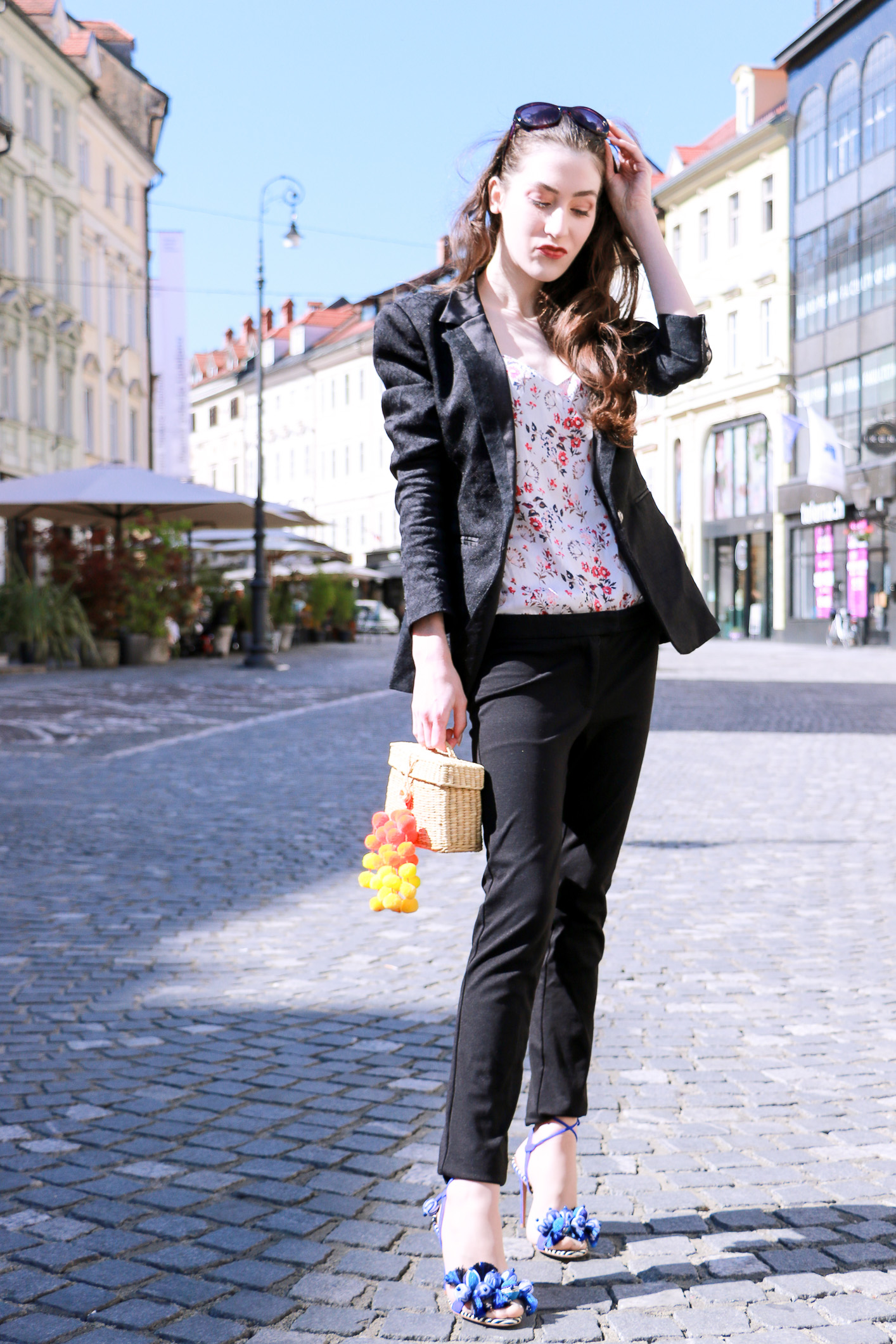 Fashion blogger Veronika Lipar of Brunette From Wall Street on summer business style