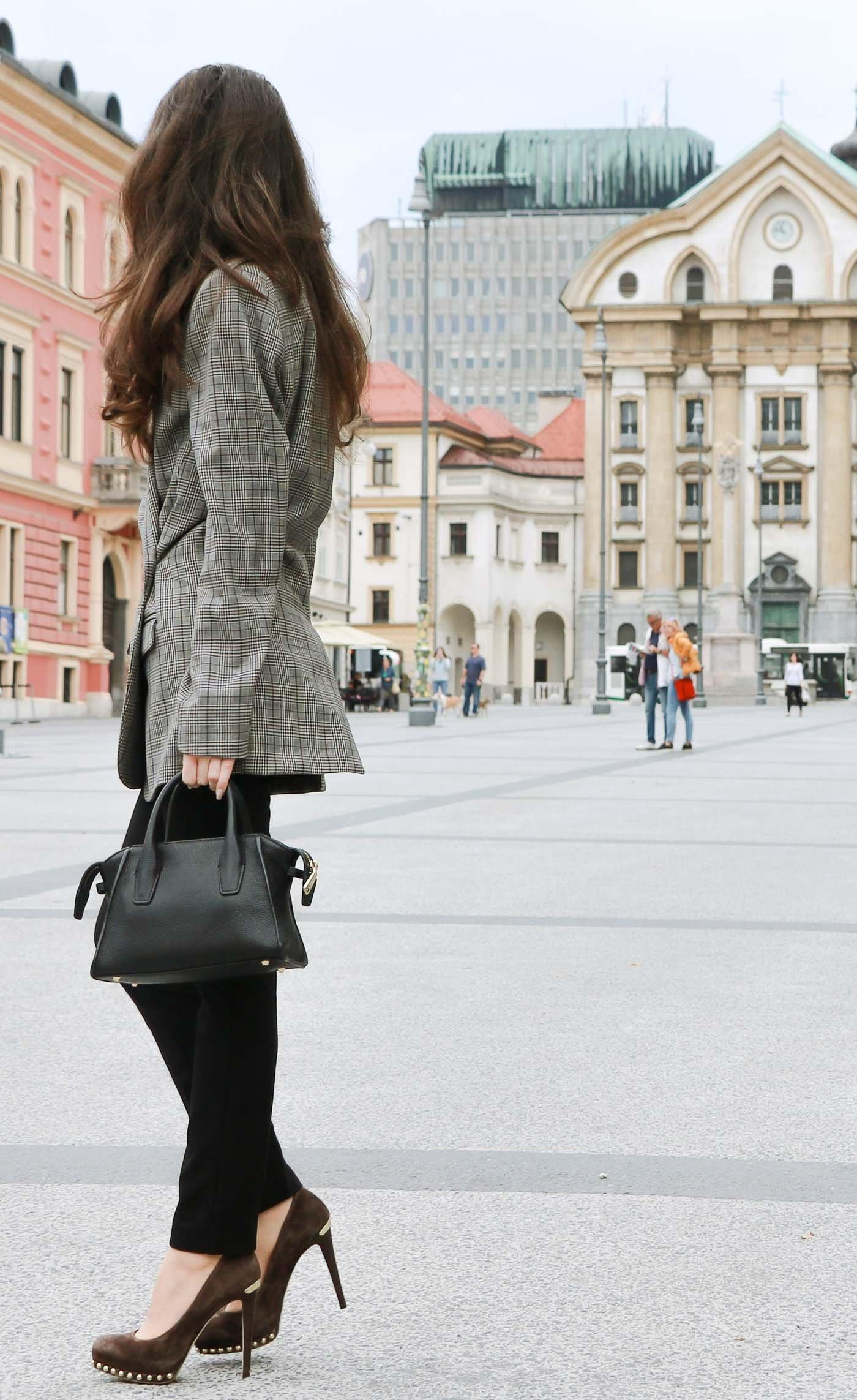 Fashion Blogger Veronika Lipar of Brunette from Wall Street wearing checked oversized boyfriend blazer