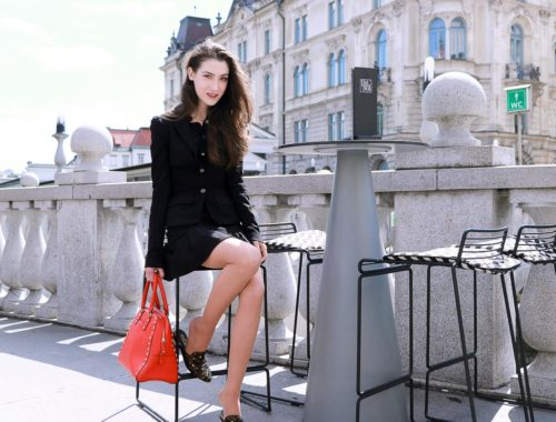 Fashion Blogger Veronika Lipar of Brunette from Wall Street wearing skirt suit to the brunch date with her girl friends this autumn