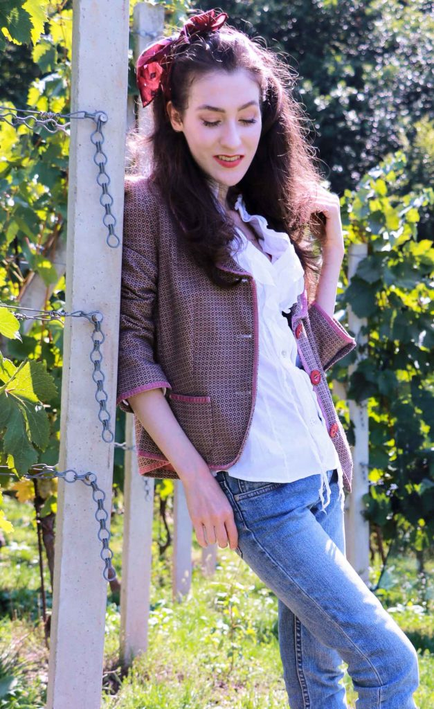 Fashion Blogger Veronika Lipar of Brunette from Wall Street on autumnal countryside style