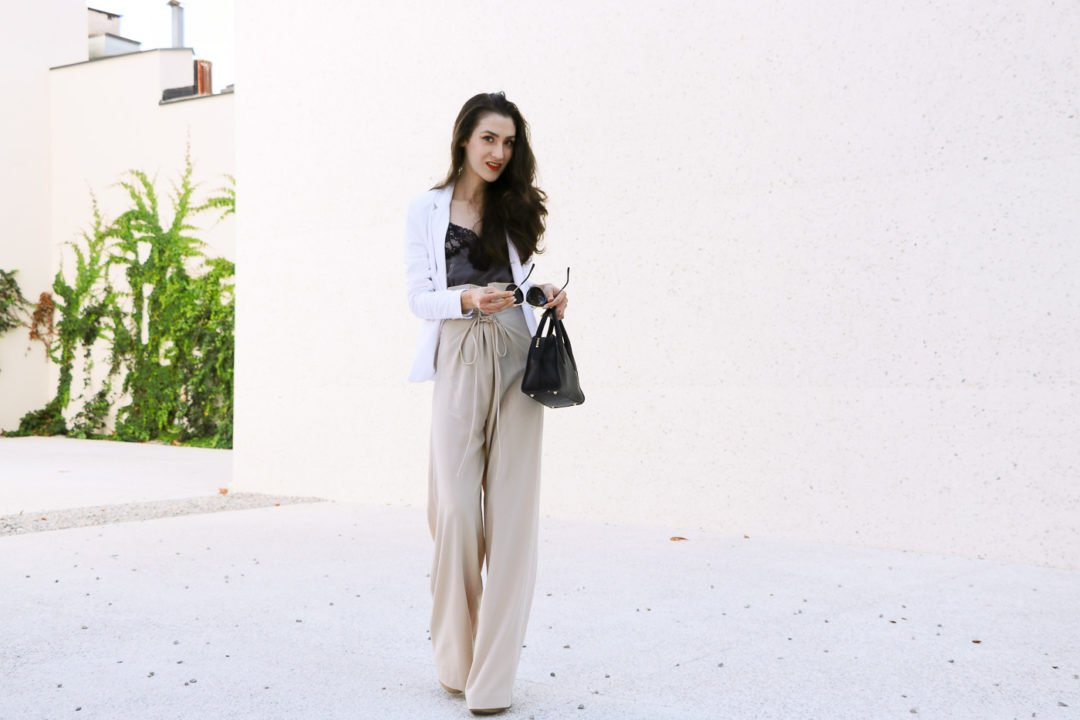 Fashion Blogger Veronika Lipar of Brunette from Wall Street on how to wear paper bag pants