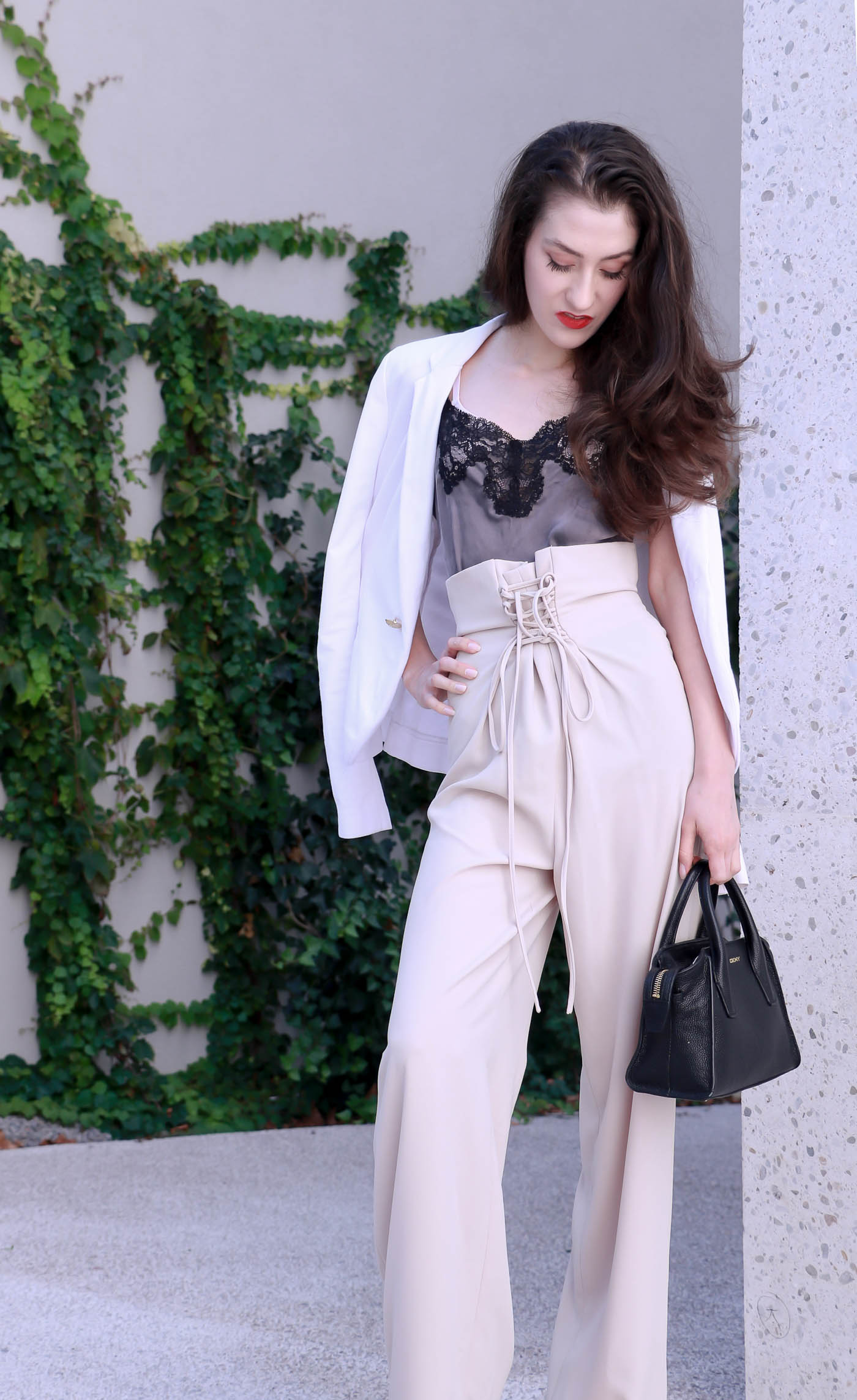 Fashion Blogger Veronika Lipar of Brunette from Wall Street on how to style paper bag pants