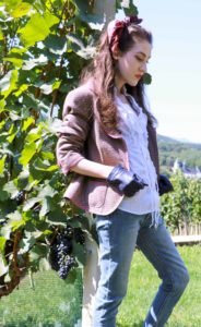 Fashion Blogger Veronika Lipar of Brunette from Wall Street on what to wear at the countryside this autumn