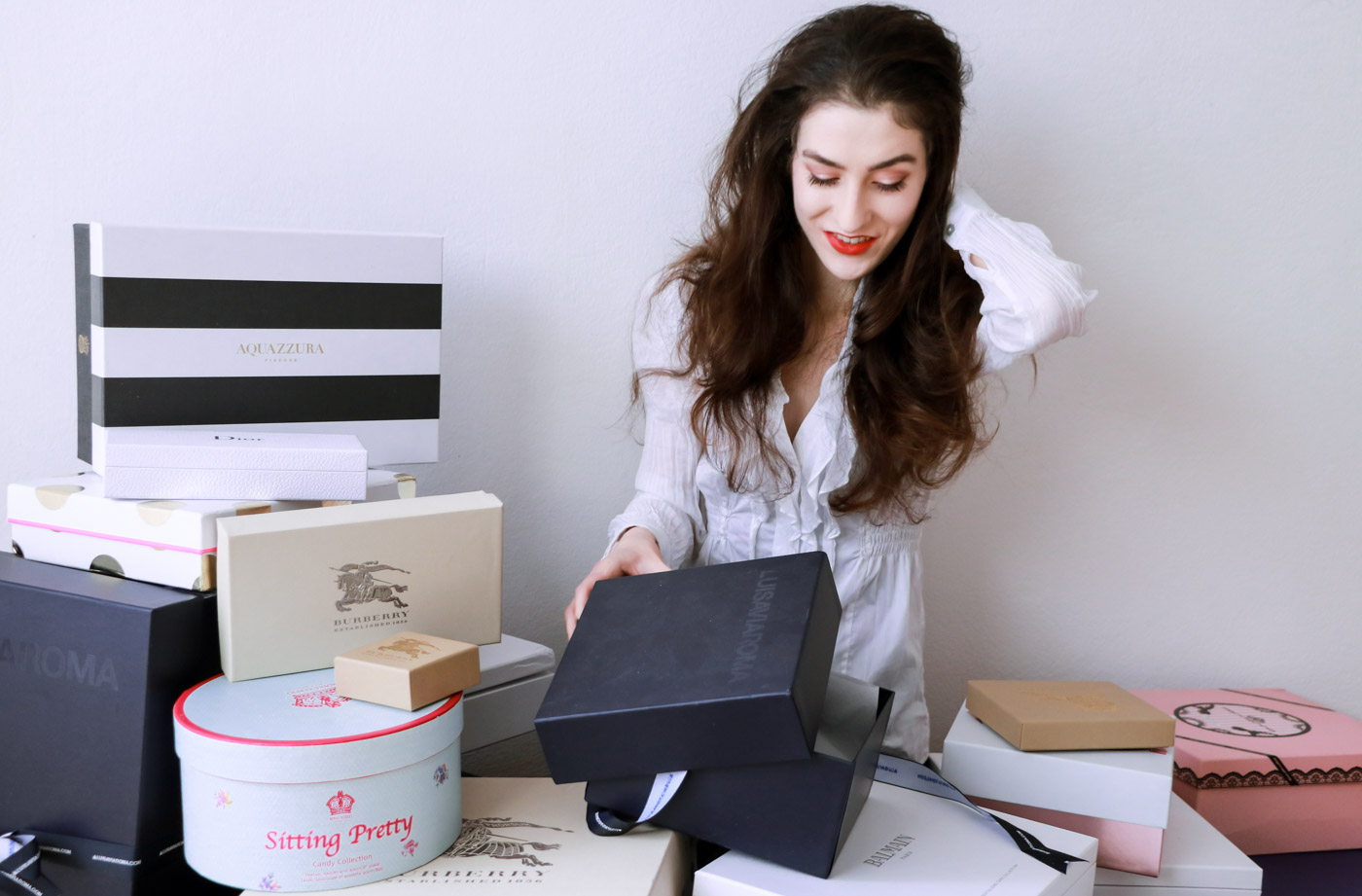 Fashion Blogger Veronika Lipar of Brunette from Wall on best Cyber Monday deals