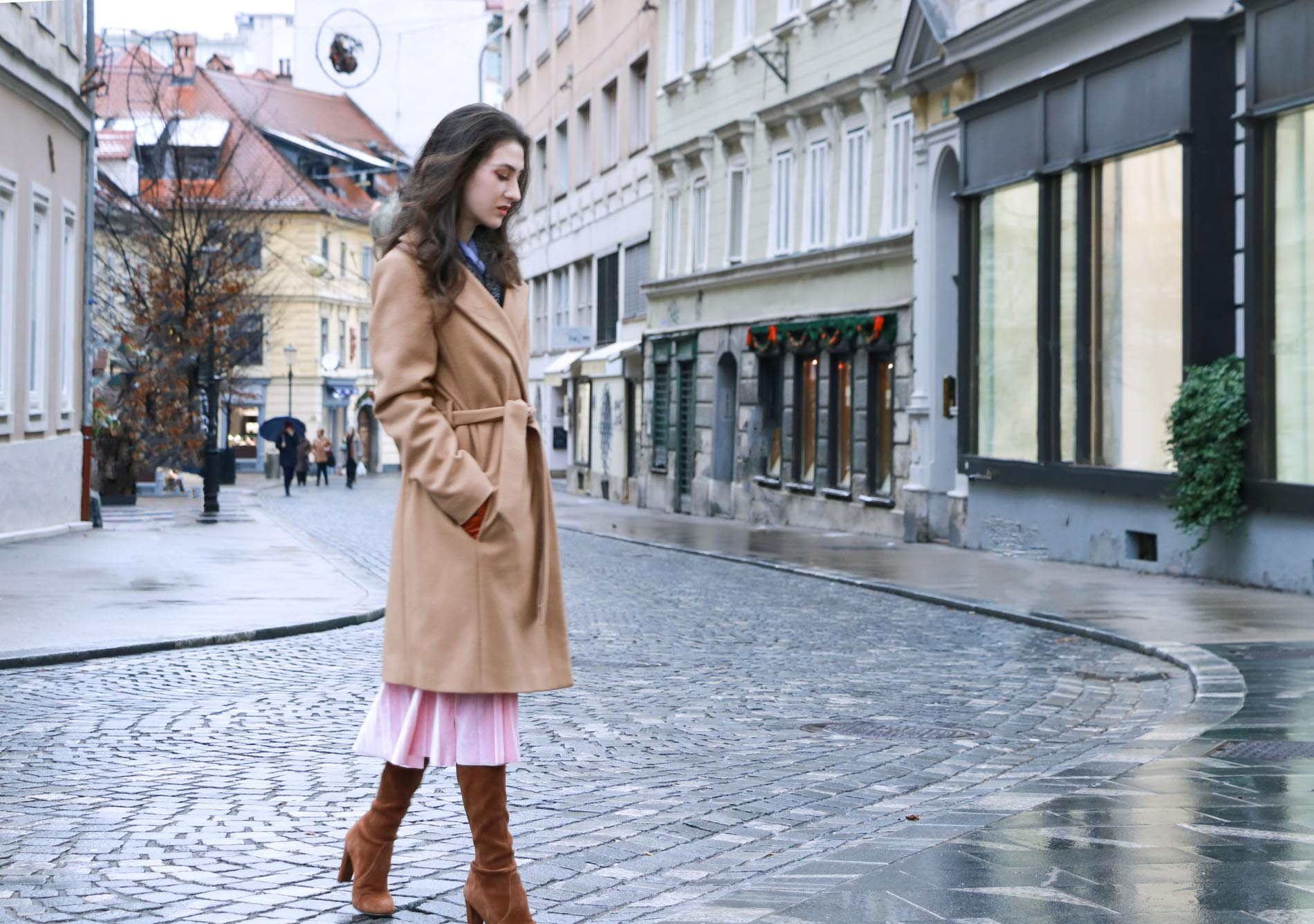 Fashion Blogger Veronika Lipar of Brunette from Wall Street on what to wear this Christmas