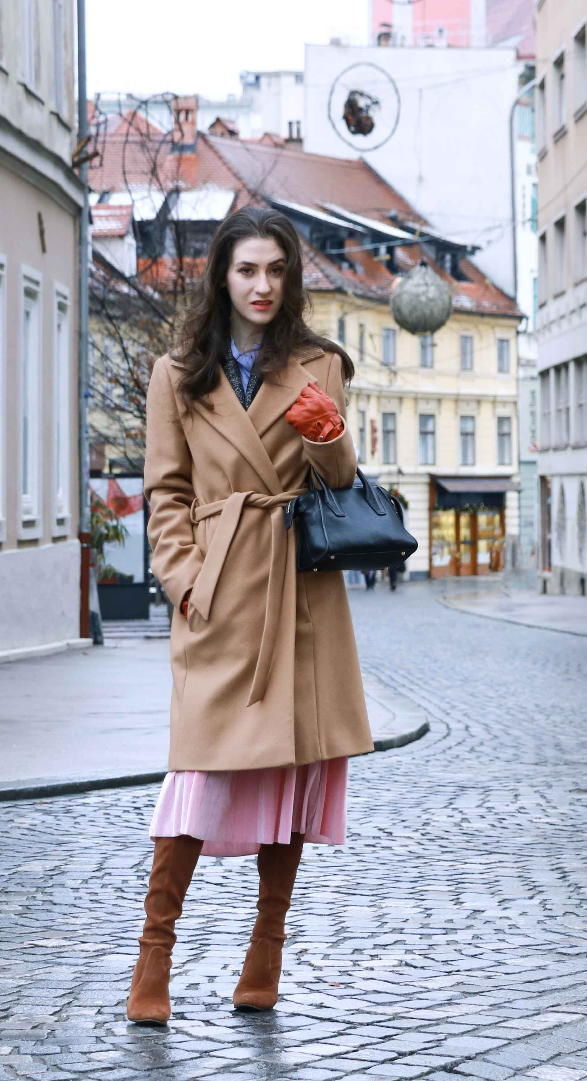 Fashion Blogger Veronika Lipar of Brunette from Wall Street wearing cozy outfit for Christmas brunch