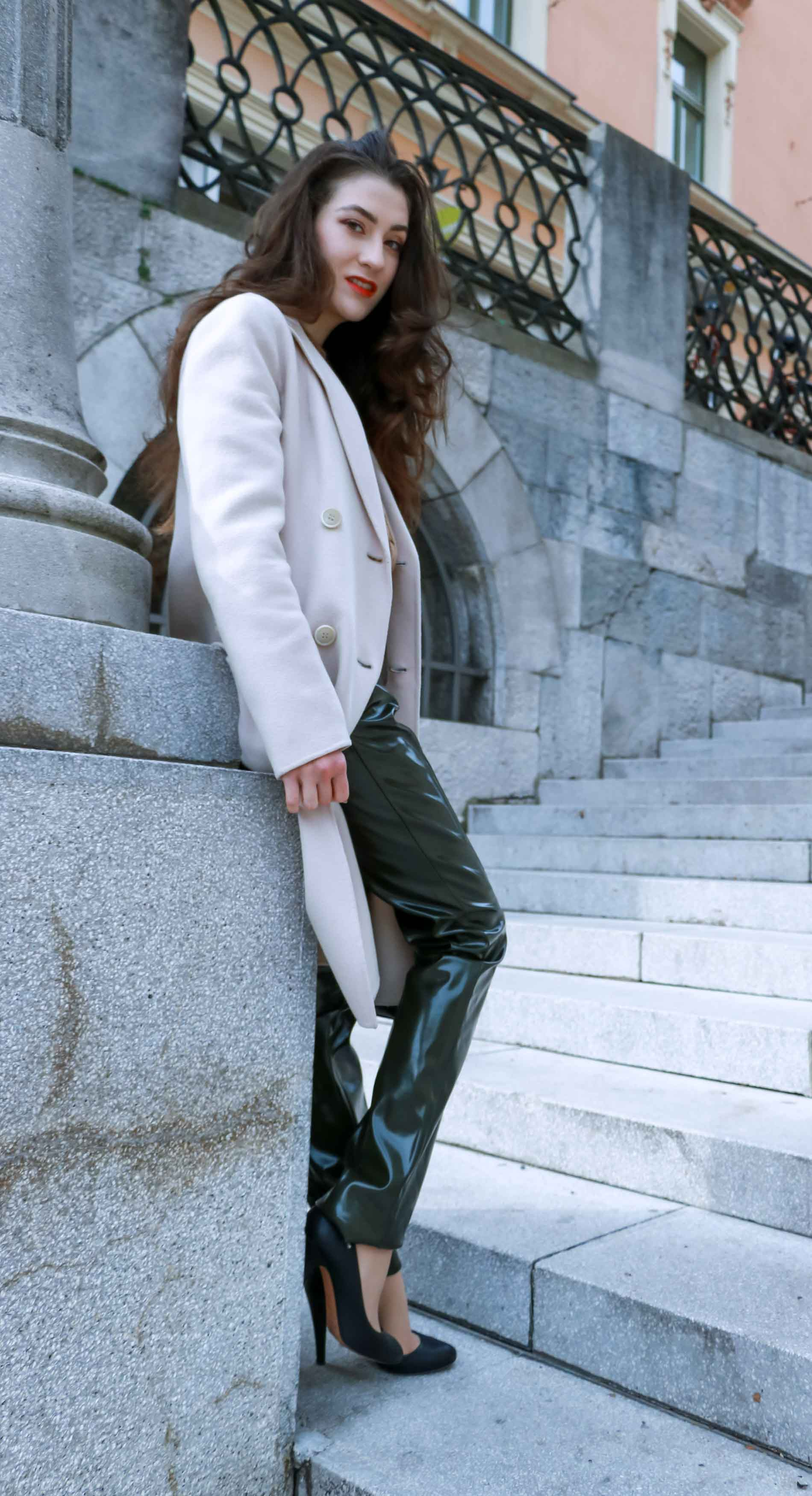 Fashion Blogger Veronika Lipar of Brunette from Wall Street wearing chic winter business outfit