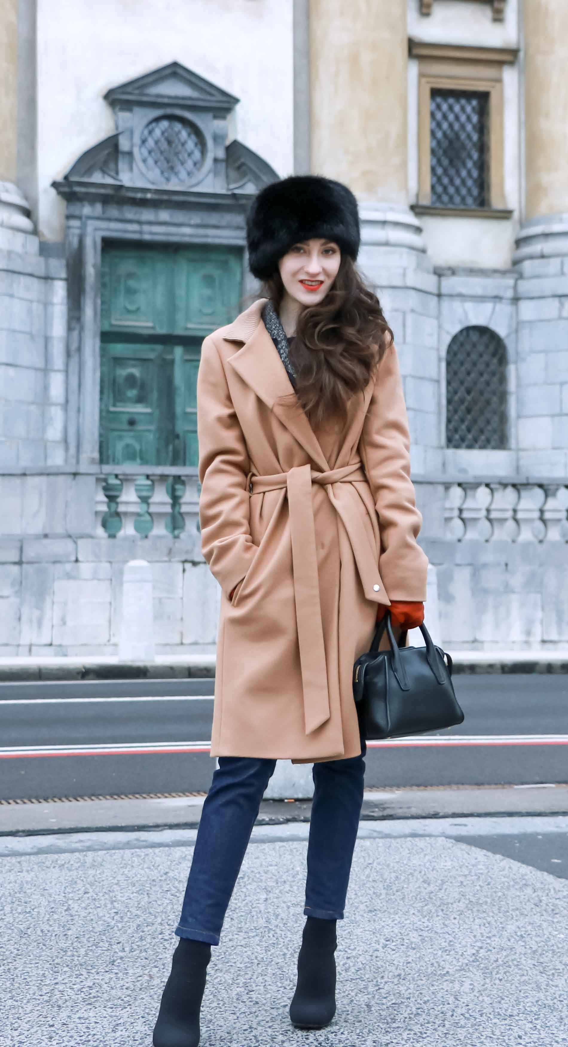 Fashion Blogger Veronika Lipar of Brunette from Wall Street wearing her on the go winter outfit