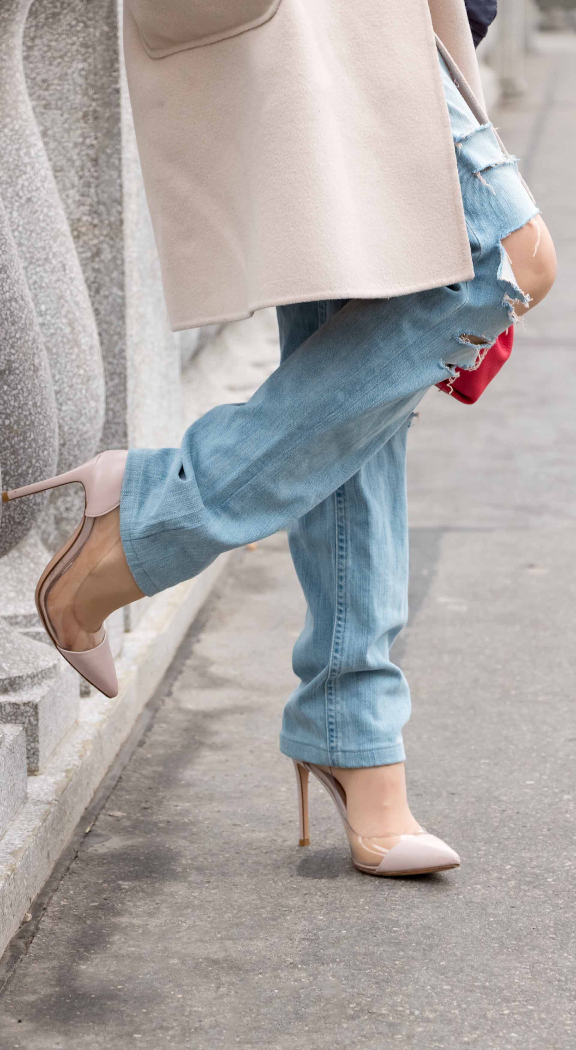 Fashion Blogger Veronika Lipar of Brunette from Wall Street wearing distressed blue Levi's jeans, off-white double breasted Weekend Maxmara coat, blush Gianvito Rossi plexi pumps