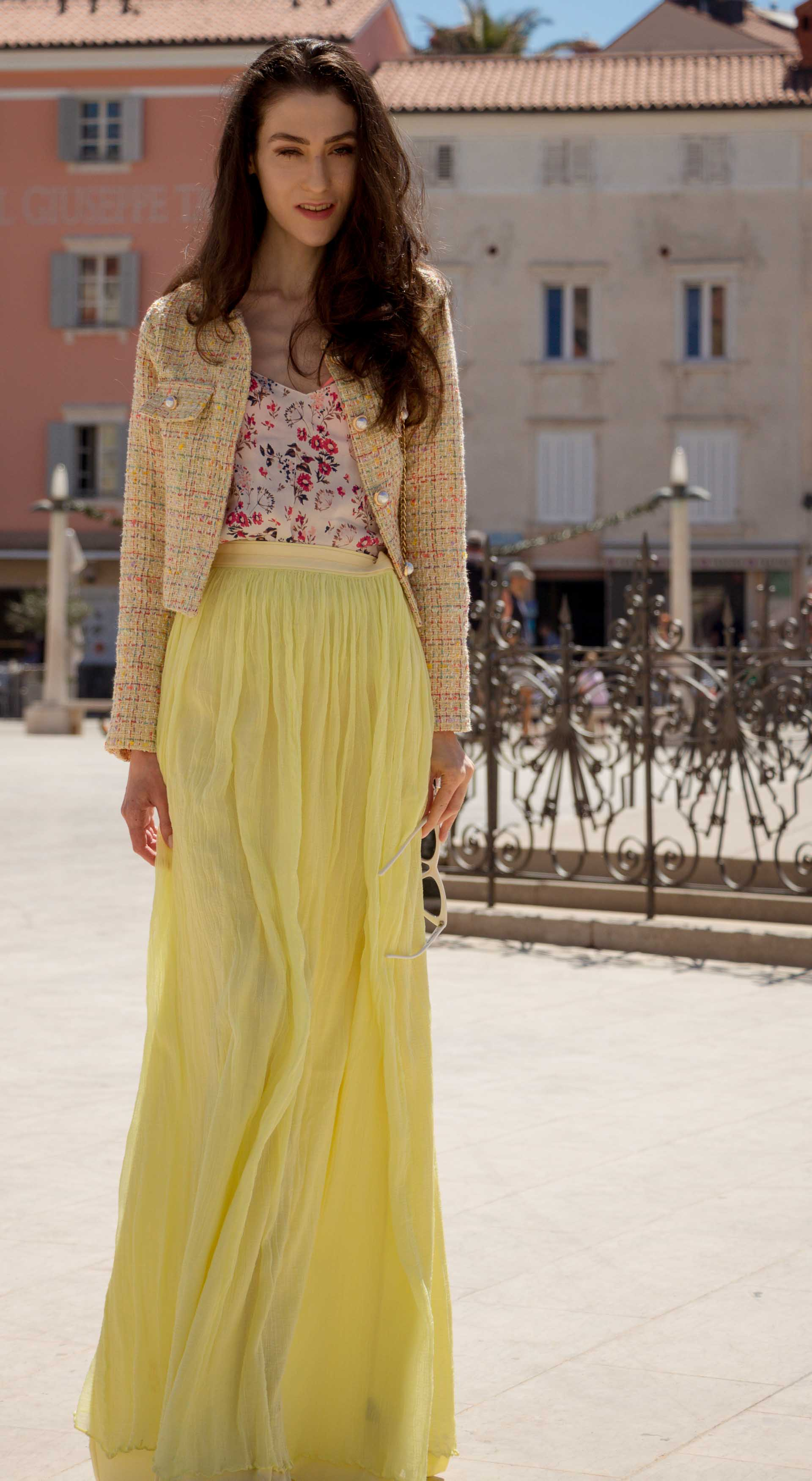 Veronika Lipar Fashion Blogger of Brunette from Wall Street wearing maxi yellow tulle skirt from Needle & Thread, short yellow tweed jacket from Storets, floral sik top, blush Gianvito Rossi plexi pumps, white shoulder bag, Lespecs white cat eye sunglasses