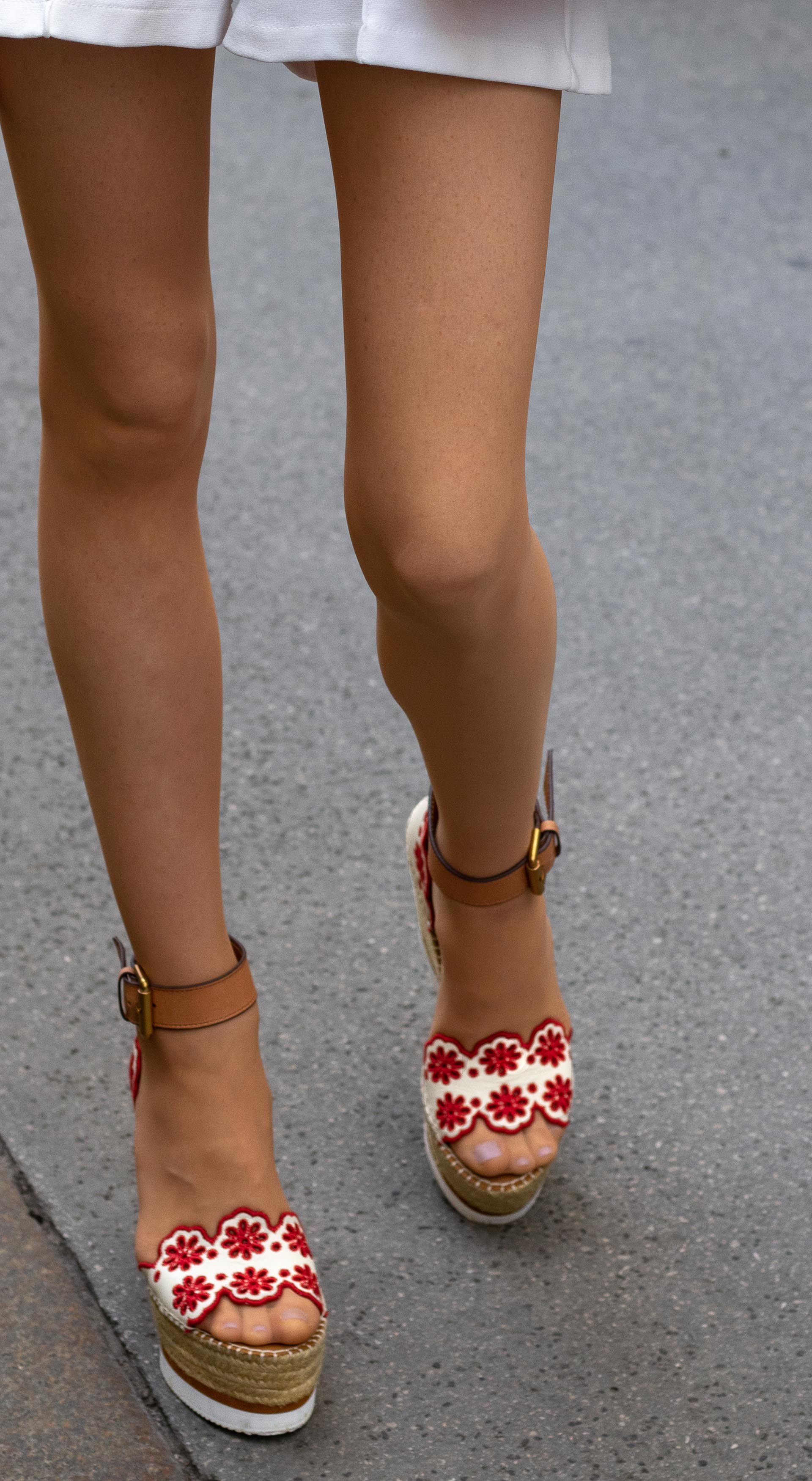Brunette from Wall Street See by Chloe wedges white shorts