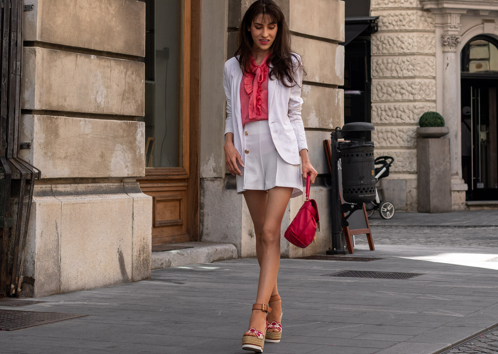 Fashion Blogger Veronika Lipar of Brunette from Wall Street wearing See by Chloé wedge espadrilles white shorts white blazer orange floppy tie blouse pink top handle bag in the city