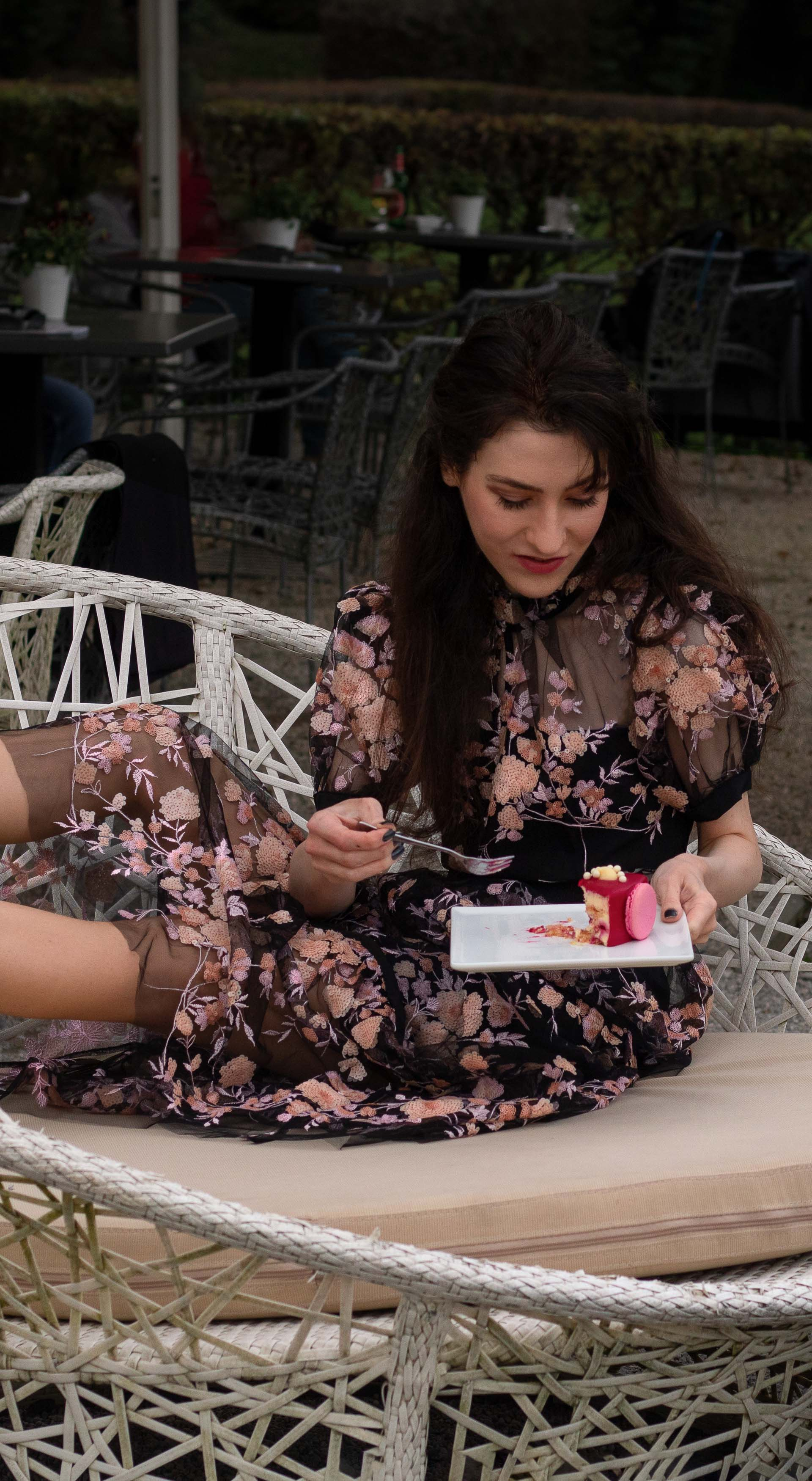 Fashion blogger Veronika Lipar of Brunette from Wall Street wearing Self Portrait black floral midi dress Gianvito Rossi blue pumps for her birthday brunch party