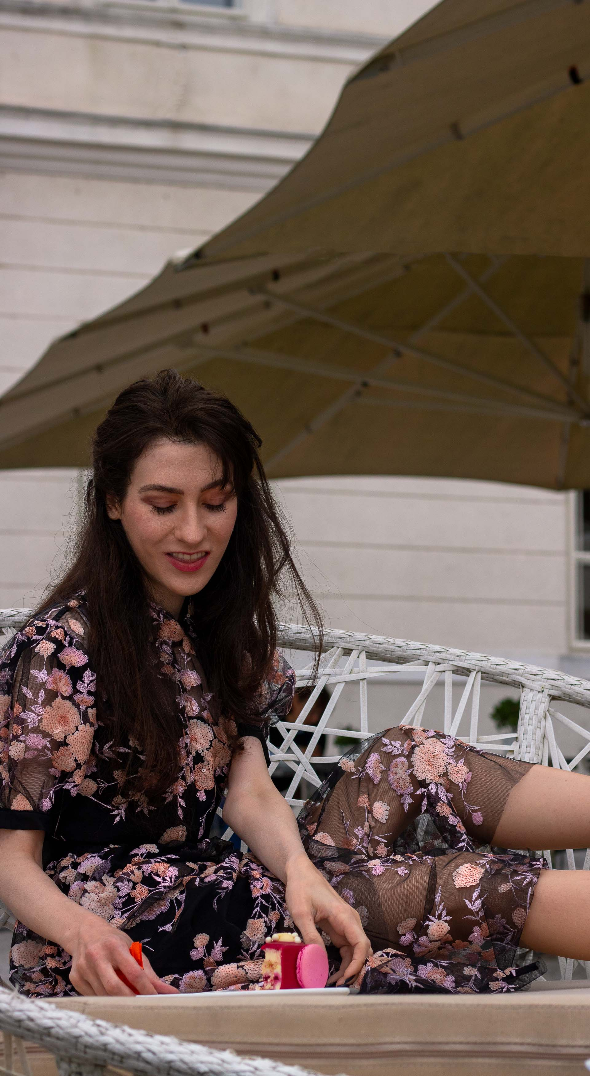 Fashion blogger Veronika Lipar of Brunette from Wall Street wearing Self Portrait Short Sleeve Floral Mesh Midi Dress Gianvito Rossi blue pumps for her birthday brunch party